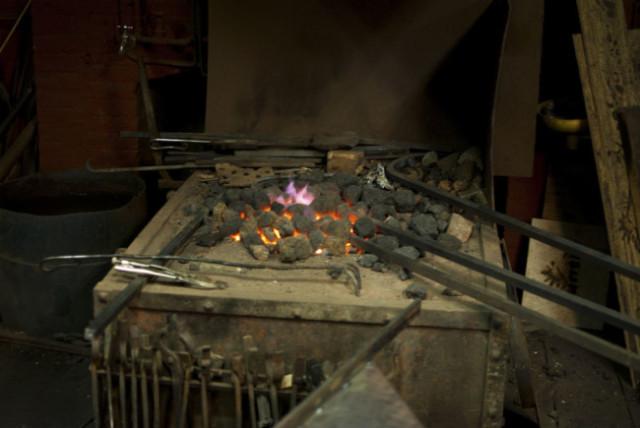 Blacksmith-03s