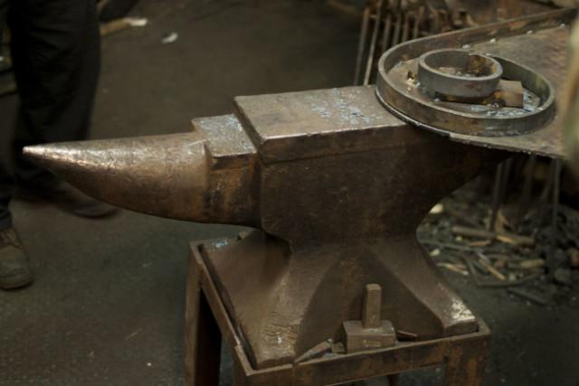 Blacksmith-04s